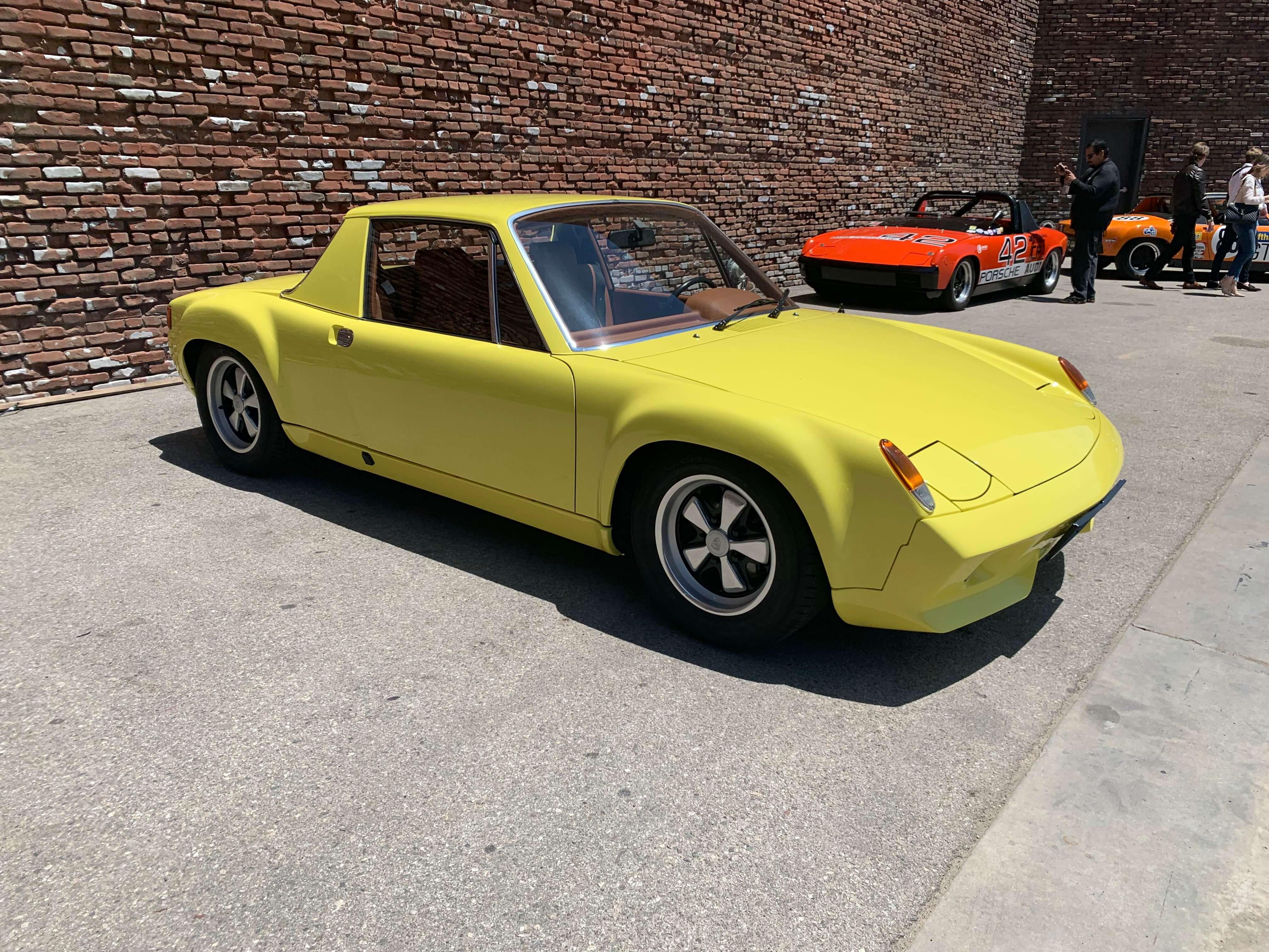 Yellow914